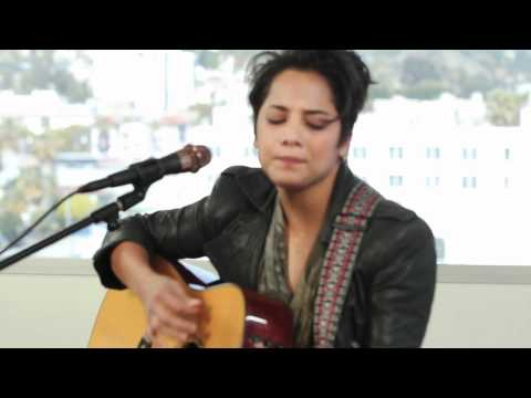 Along - Vicci Martinez from The Voice season 1 performed an exclusive acoustic version of her new single
