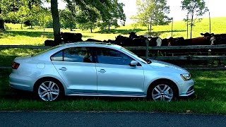 MotoMan drives the refreshed 2015 Jetta with the Turbo Diesel engine but rather than focusing on new lights & front end, he demonstrates the ENTIRELY new TDI...