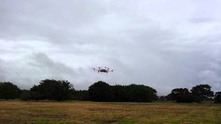 DJI F550 飛行ビデオ。