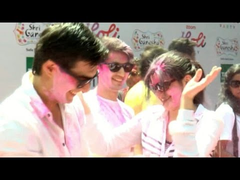 Mohsin Khan celebrates Holi @ Zoom Holi Party 2017