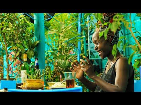 Kansiime the proffesional food tester! African Comedy