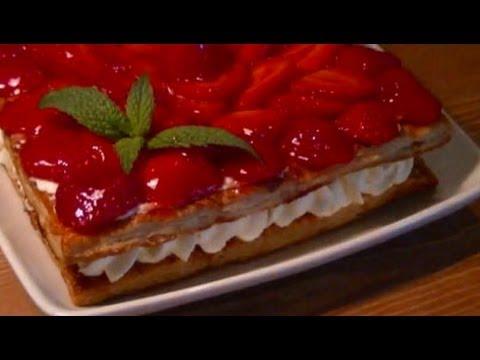 Tarta de Fresas y Nata Fácil con Hojaldre