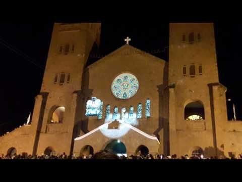 Final da coroação de Nossa Senhora da Abadia em Romaria MG 2008