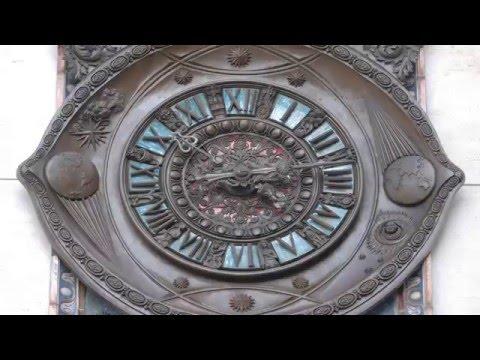 Intesa San Paolo: L' Orologio delle Meraviglie