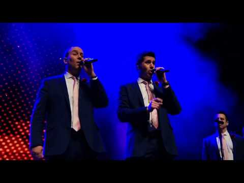 Straight No Chaser Chicago 12/17/16: All About That Bass
