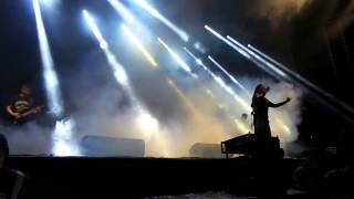 Video NEVER LEFT BEHIND   Bongin da edge Benátská noc 2014