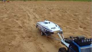 SCX 10 Pulling, Launch And Crash RC Boat WildCat