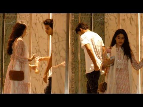 Jhanvi Kapoor LATE NIGHT VISIT At Ishaan Khatter's