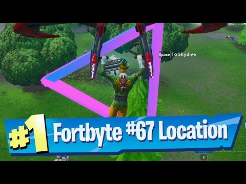 Fortnite Fortbyte #67 Location -  Accessible by flying Retaliator Glider rings Southen Sky Platform