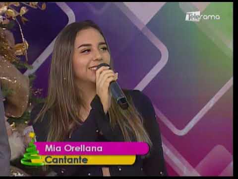 Mia Orellana Cantante