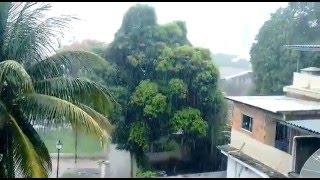 Júnior Tamosaki registrou o tempo chuvoso no final da manhã de terça-feira, dia 19, em Nova Iguaçu, no Rio de Janeiro. Quer ver o vídeo de sua cidade aqui ...