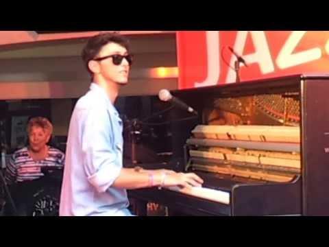 Sestak - Luca Sestak (*1995, Germany) playing