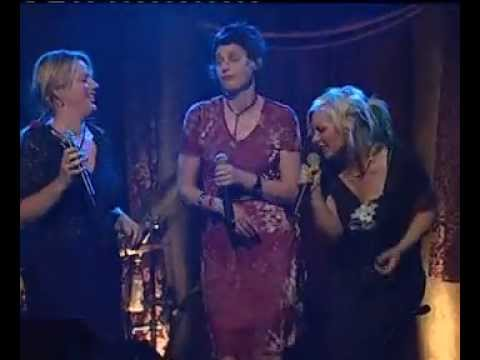 Rebecca Barnard, Deborah Conway, Ella Hooper - Our Lips Are Sealed