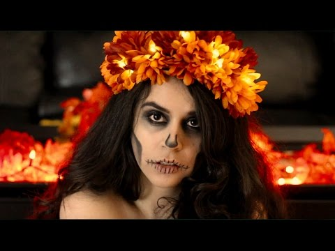 DIY Marigold Flower Light Up Crown + Quick Minimalist Skull Makeup | Dia de Muertos