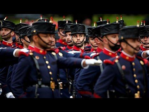 Ισπανία: Έκαναν μαζικά κάψεις για την Εθνική Ημέρα