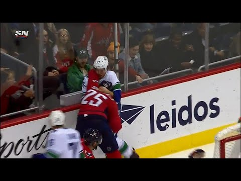 Video: Hutton drops the gloves with Smith-Pelly after hit on Orpik