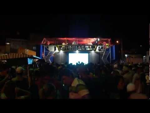 NAGIBE EM ALAGOINHA - TRIO ELÉTRICO AXÉ MANIA