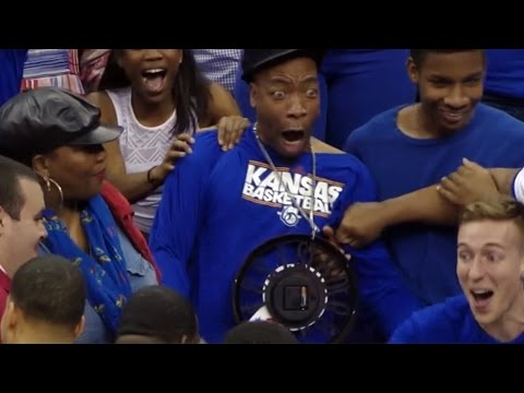 Kansas' Wayne Selden's Dunk Gets His Uncle HYPED | CampusInsiders (видео)