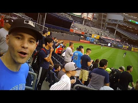 RUNNING INTO ZACK HAMPLE AT YANKEE STADIUM (Yankees vs Tampa Bay Rays 7/27/17)
