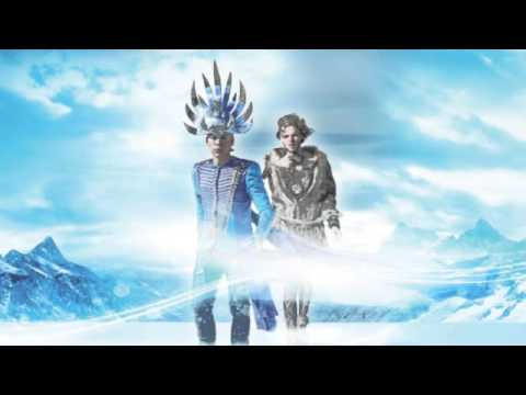 Tekst piosenki Empire of The Sun - Concert Pitch po polsku