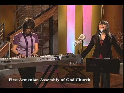 Melody Hovsepian - Shokr Bahrat - Ba Mehrat Suyam Amadi (First Armenian Assembly of God Church).avi