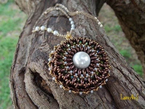 DIY TUTORIAL: ciondolo con perline Twin o Superduo / Pendant with Twin or Superduo beads (bead work)