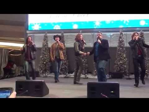 Home Free Kick's Off Full of Cheer Tour at Mall of America (Christmas Medley)