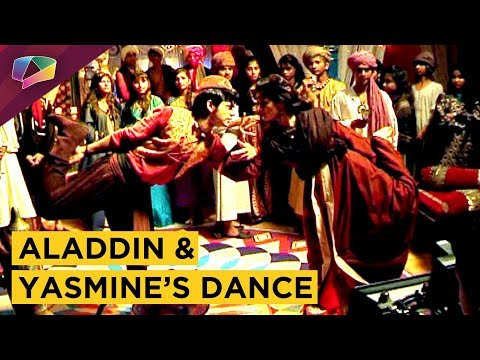 Aladdin And Princess Yasmine Dance Together | Alad