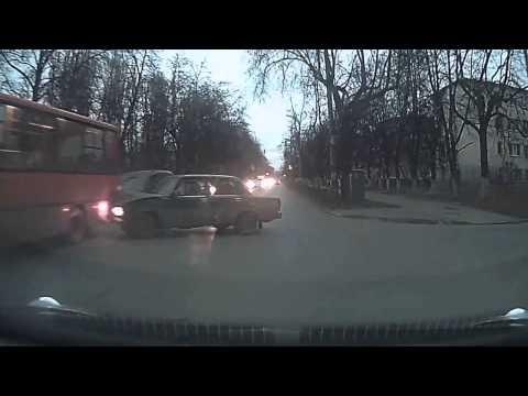 Я свидетель  ДТП, Нижний Новгород 20.11.2014 (Запись видеорегистратора)