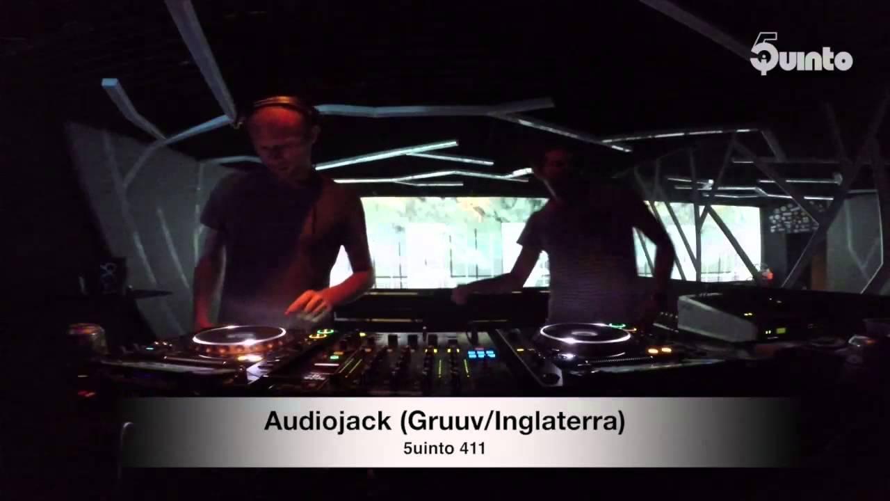 Audiojack - Live @ 5uinto 411 2015