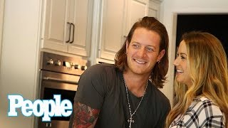 Video Florida Georgia Line's Tyler Hubbard's Country Abode | Hollywood at Home | People MP3, 3GP, MP4, WEBM, AVI, FLV September 2018