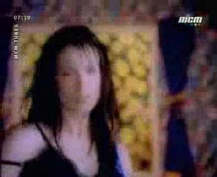 Tekst piosenki Meredith Brooks - Bitch po polsku