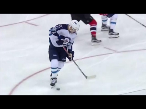 Ehlers goes backhand, forehand for beautiful goal