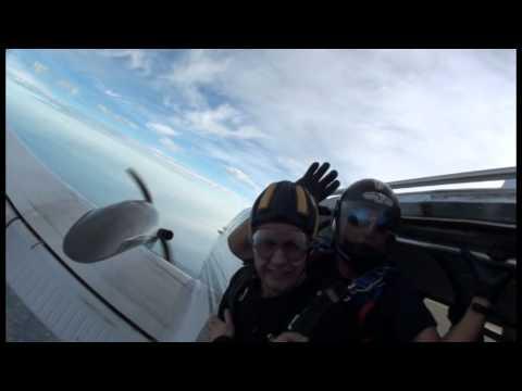 Skydiving (Dunkeswell, 28.09.2014, 15 000ft) (видео)