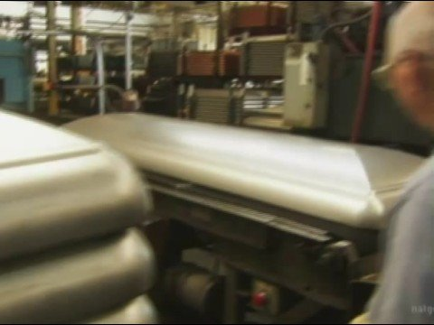 casket - How caskets are manufactured.