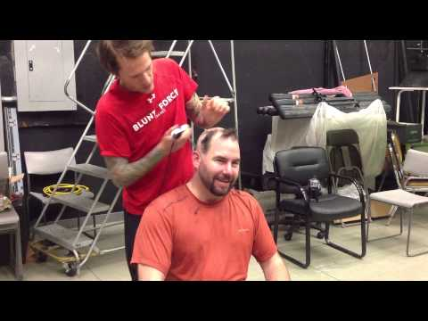 Ben Roy Shaves Johns Head