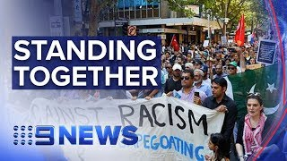 Thousands rally in Melbourne to support Muslim community | Nine News Australia