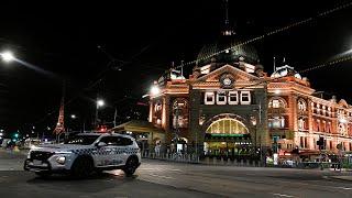 video: Australian city shuts non-vital businesses to curb coronavirus spread