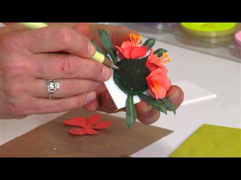 Designing in Susan's Garden with Sizzix Thinlits Clivia Flower Set