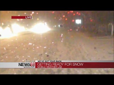 Snow creates messy commute, school closings, delays