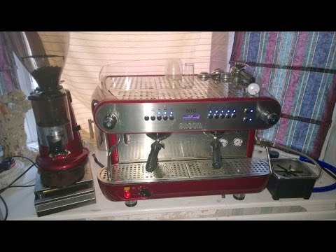 Learning to Pull an Espresso with a Professional/Commercial Grade Gaggia Deco Coffee Machine