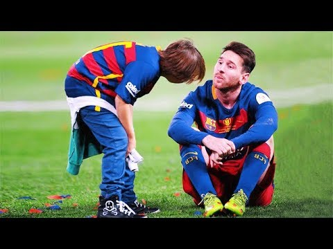 Kids Meet Their Football Heroes And Idols - Beautiful Moments