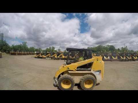 Caterpillar MINIÎNCĂRCĂTOARE RIGIDE MULTIFUNCŢIONALE 226B3 equipment video rkfhxtv_c0s