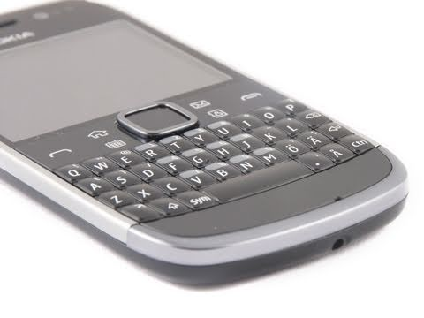 e6 - PhoneArena reviews the Nokia E6. With its QWERTY keyboard, smaller, but sharper screen, as well as classical Nokia business series form-factor, the Nokia E6 ...