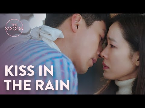 Hyun Bin kisses Son Ye-jin's tears away | Crash Landing on You Ep 7 [ENG SUB]