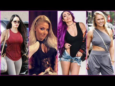 Top 10 Hottest WWE DIVAS in Real Life 2018 [HD]