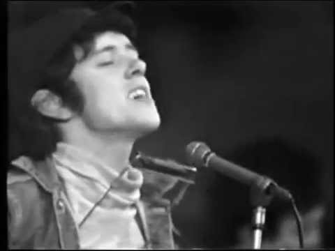 Donovan – You're Gonna Need Somebody On Your Bond (Live at Wembley Stadium 1965)