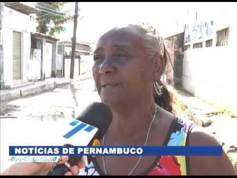 [BRASIL URGENTE PE] Buraco e esgoto a céu aberto em Rio Doce, Olinda