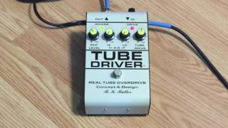 Demo of the B.K. Butler Tube Driver.This pedal was purchased new in 2016.I replaced the original 12AX7 tube with a JJ Electronics 12AU7. The 12AX7 is more aggressive sounding. Not better or worse, just different.Guitar: Fender Stratocaster with SSL-5 Bridge Pickup, CS69 Middle, FAT50 NeckAmp: Reeves Custom 100Speaker: 2x12 Loaded with Eminence Swamp Thangs