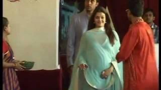 Video Abhishek Bachchan And Aishwarya Rai Bachchan at Durgapuja download in MP3, 3GP, MP4, WEBM, AVI, FLV January 2017